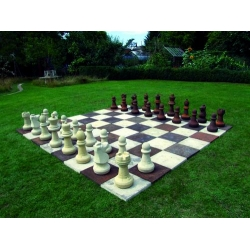 Garden Chess Set With Board